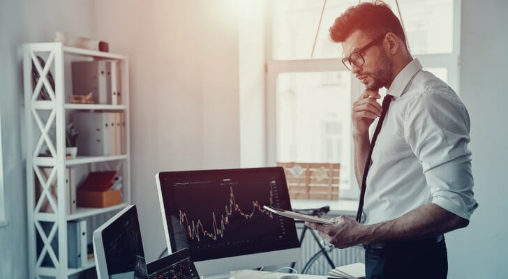 These are the differences between a speculator and an investor.
