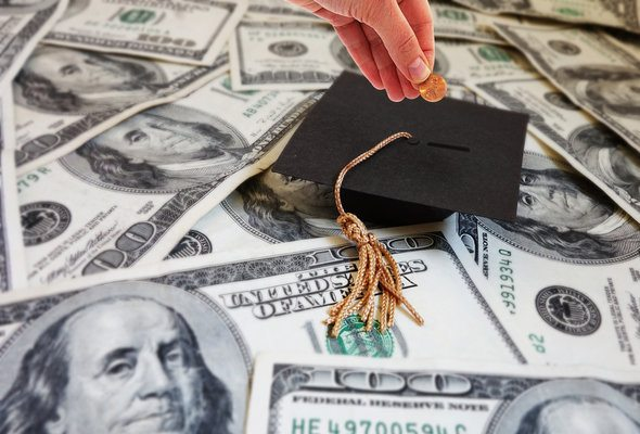 Can Student Loans Keep You From Getting a Mortgage?