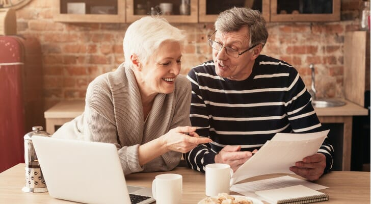 There are several different ways to withdraw money from your 401(k)