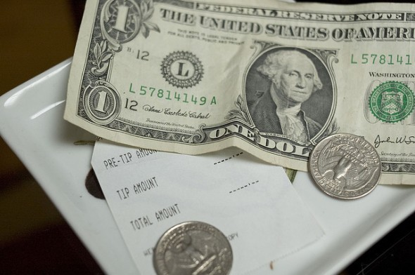 split the bill How To Be a Cheap First Date