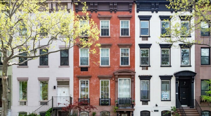 What is a Townhouse, and Should You Buy One? - SmartAsset