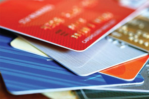 How to Choose Your First Credit Card