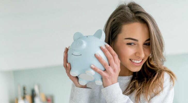 What is the Average Interest Rate for Savings Accounts