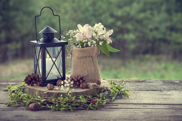 rsz wedding centerpiece Get a Tax Break for These 4 Wedding Expenses
