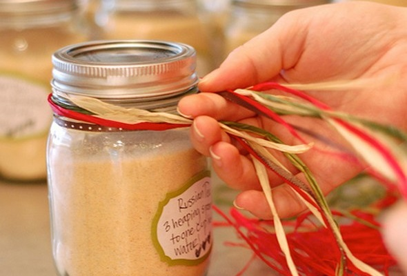 6477450439 35eb05026b z 5 Awesome DIY Gifts That Will Save You Time and Money
