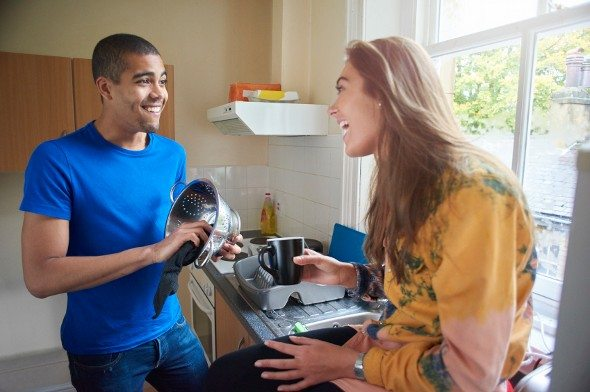 4 Financial Tips for Living With a Roommate