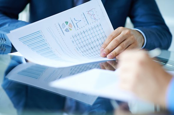 3 Ways Investors Fool Themselves Financially