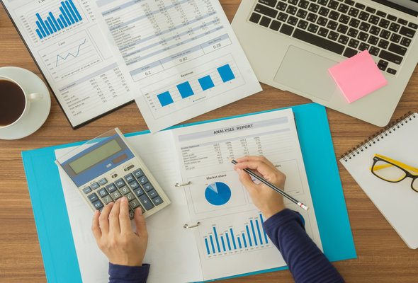 How Much Does a Financial Planner Cost?