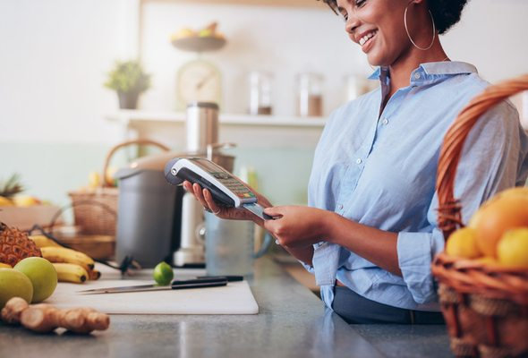Charge Card vs. Credit Card: How Are They Different?