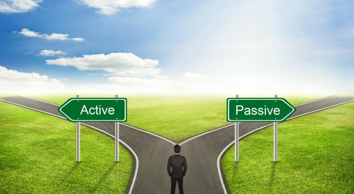 How a Passive Investing Strategy Works