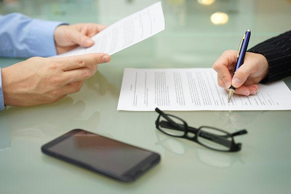 Top 5 Reasons Why You Shouldn't Co-Sign a Friend's Loan