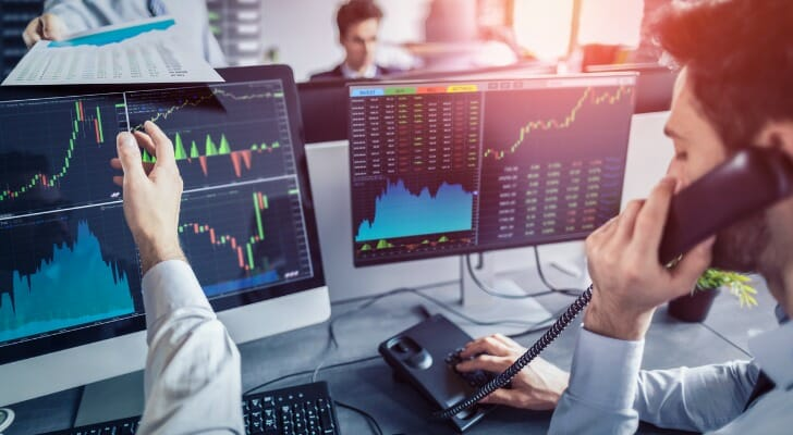 what is a broker