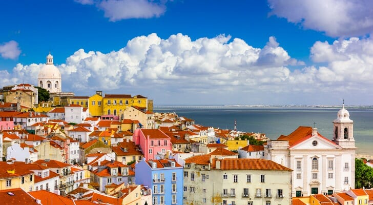 retire in portugal