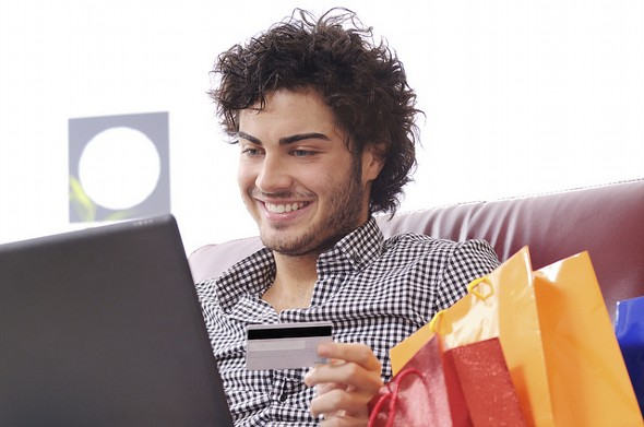 Do's and Don'ts of Using Rewards Points for Holiday Shopping