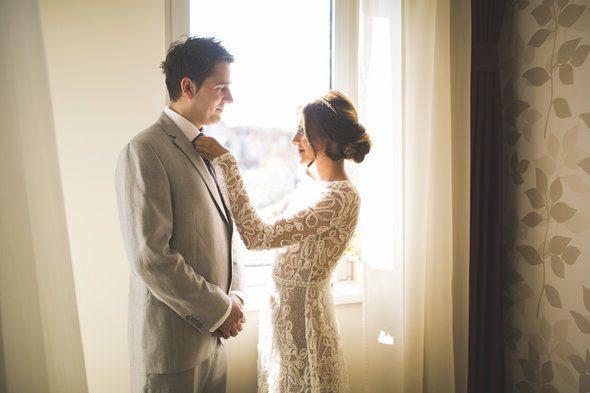 5 Smart Ways to Save on Wedding Costs
