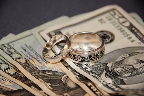 7 Money Questions to Ask Before Tying the Knot