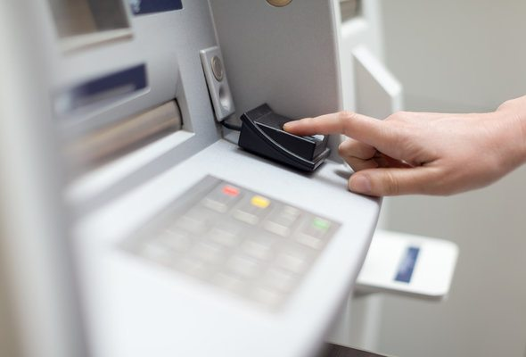 4 Signs It's Time to Switch Banks