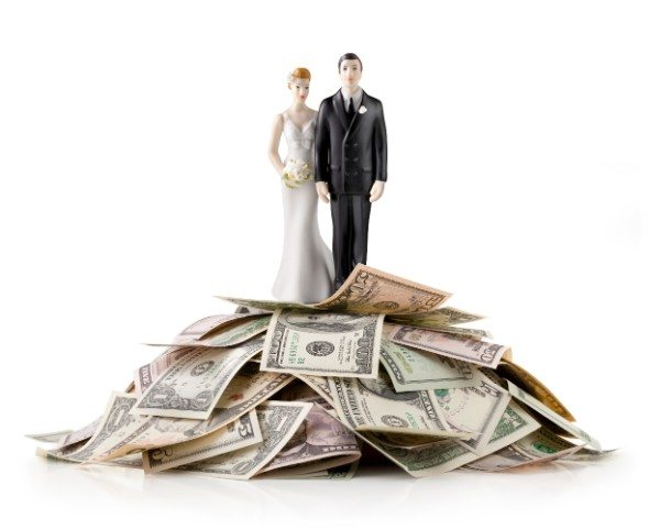 5 Ways to Deal with a Financially Irresponsible Spouse