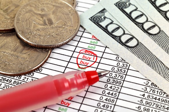 4 Ways Wealthy Investors Can Minimize Investment Taxes