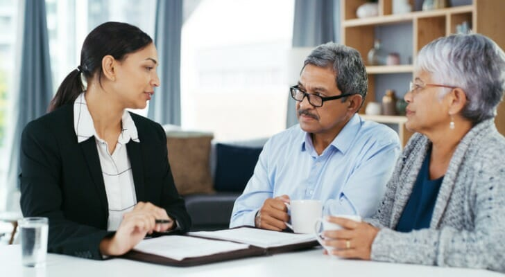 A couple gets retirement consulting services