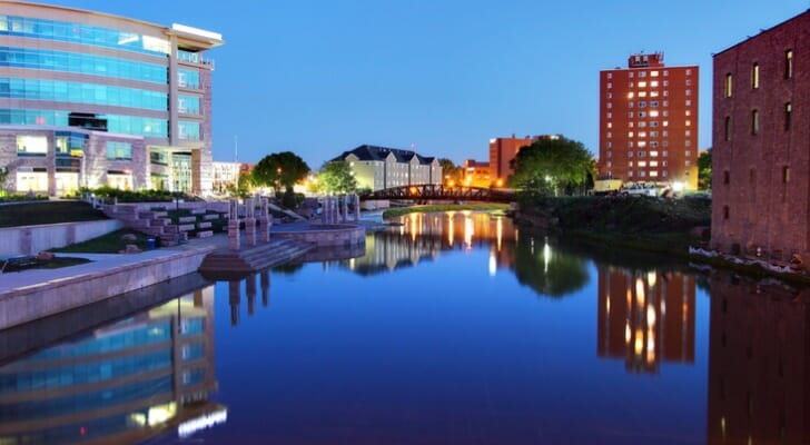 Image shows a skyline of Sioux Falls, South Dakota. SmartAsset analyzed data to conduct its latest study identifying the best cities for young professionals.
