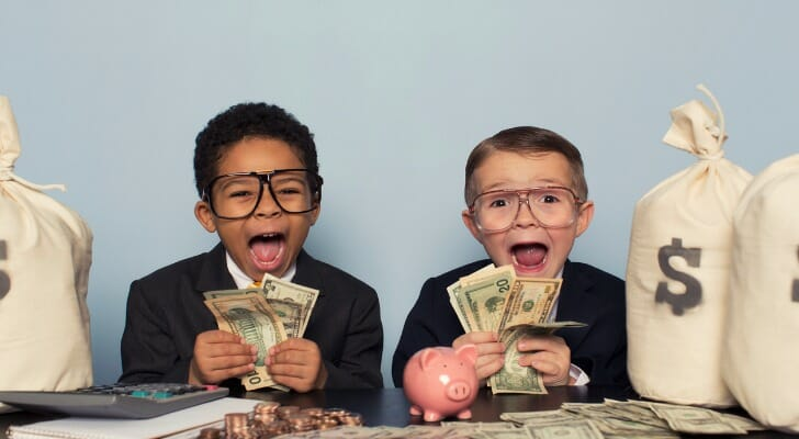 How Does Interest Work On a Savings Account?