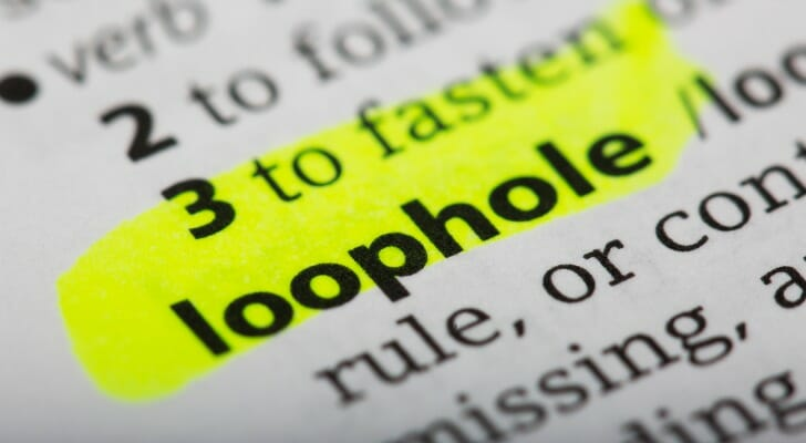 """dictionary definition of """"loophole"""""""