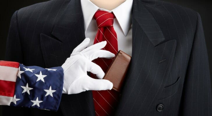Uncle Sam picks a rich man's coat pocket