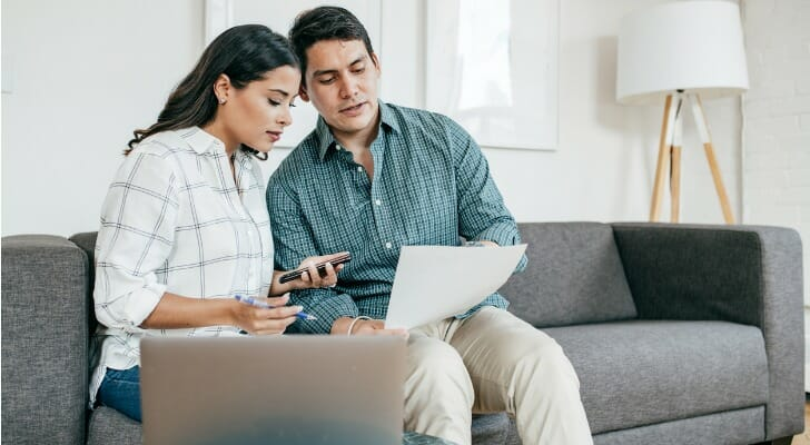 Couple uses Webull to doing their investing