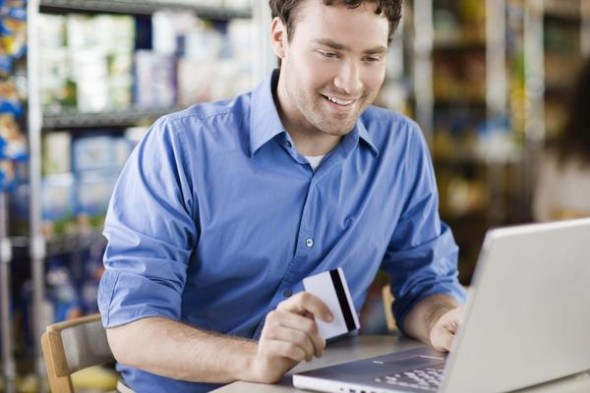 Do Credit Cards With Annual Fees Make Sense?
