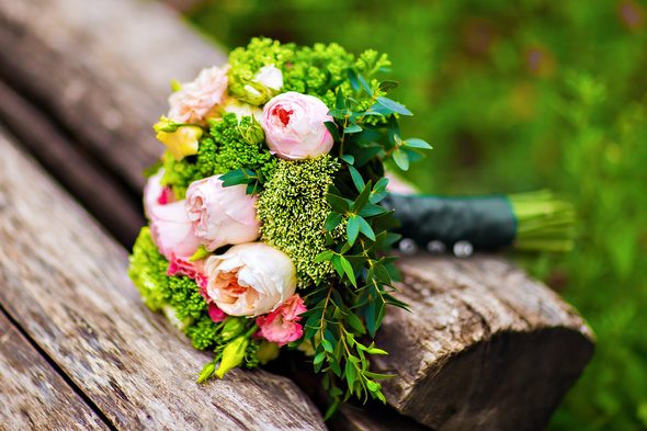 5 Smart Ways to Save on Wedding Costs