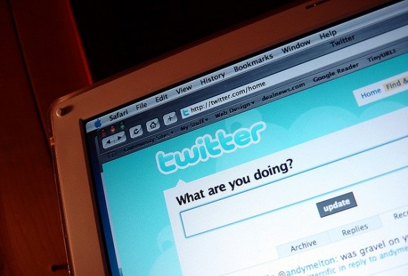 2247781640 e97f87a211 z Nielsen to Start Using Twitter to Measure Audience