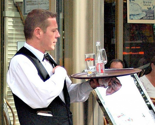 The Tipping Scale: How to Tip Appropriately