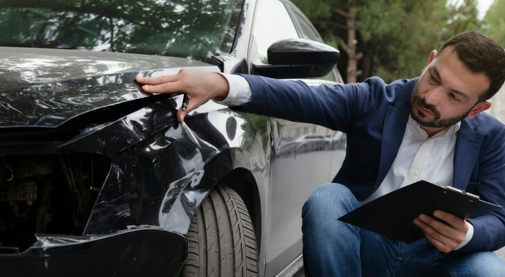 car insurance policies also come with deductibles