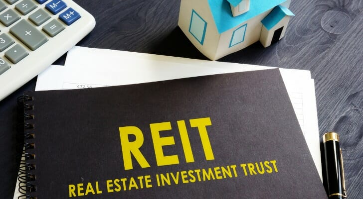 how invest in reits