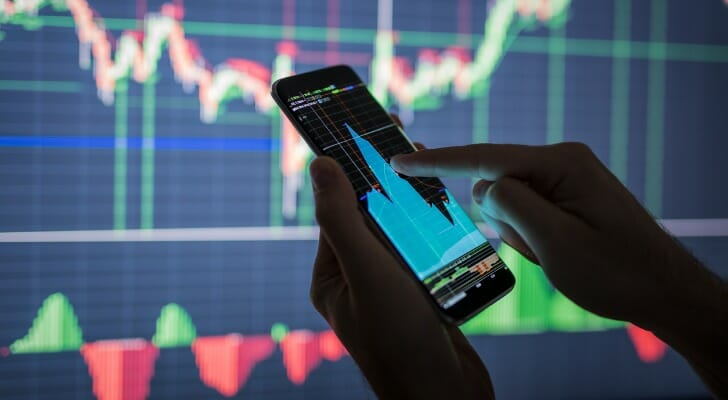Retail investor using a mobile trading app