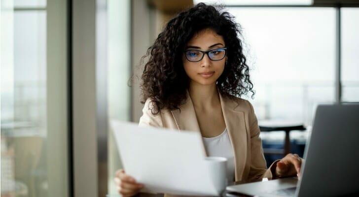 Retail investor checks EDGAR information