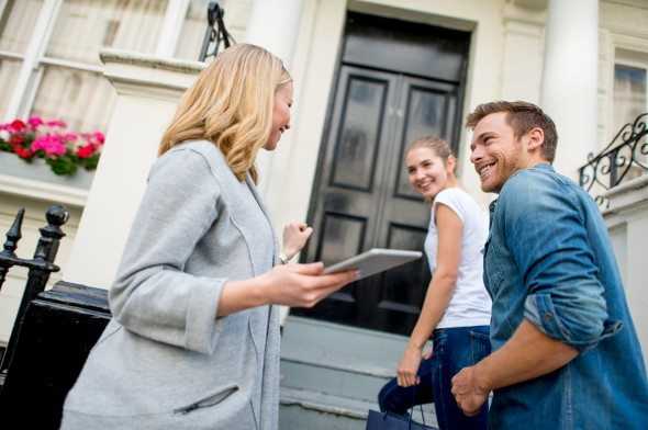 3 Must-Do Moves For Buying a Home This Spring