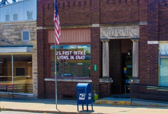 U.S. Postal Service Looking to Get Back in the Banking Game