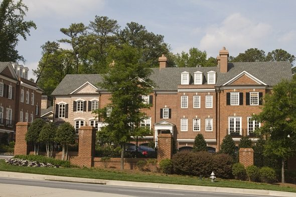 The Metro Areas with the Most Mansions