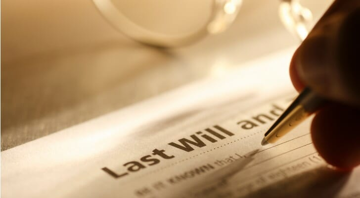 Man signs last will and testament