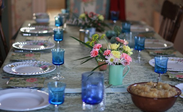 How to Survive Hosting Easter Dinner on A Budget