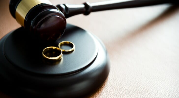 Here's everything you need to know about common law marriage.