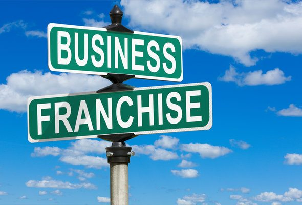 The Difference Between a Franchise and an Affiliate