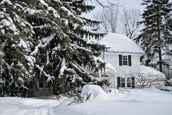5 Essential Tips for Selling Your Home in Fall or Winter